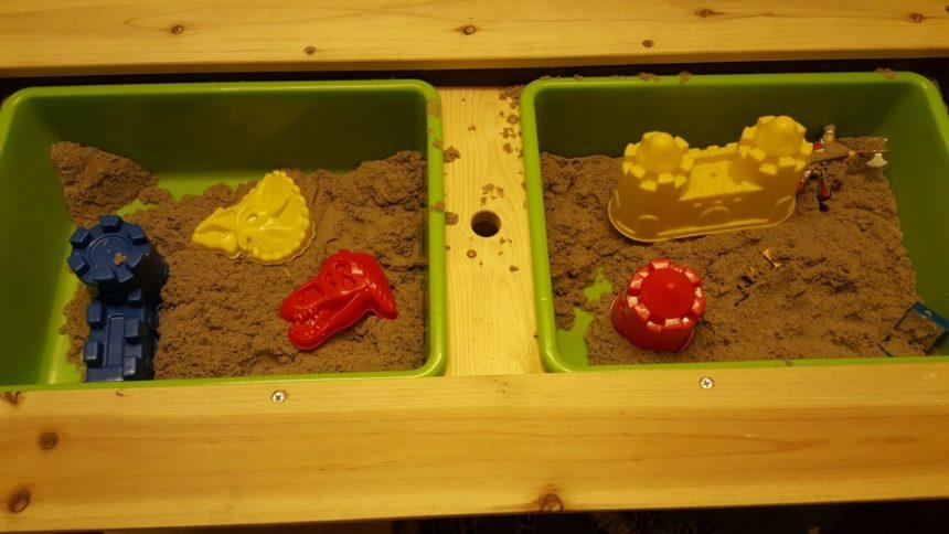 Ganz neu: Kinetic Sand und Spieltisch für spannende Experimente